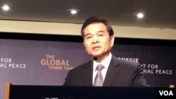 前台湾经济部长陈瑞隆(美国之音 钟辰芳拍摄)