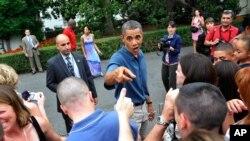 رائے عامہ کے جائزوں میں اوباما سے متعلق ملا جلا رد عمل