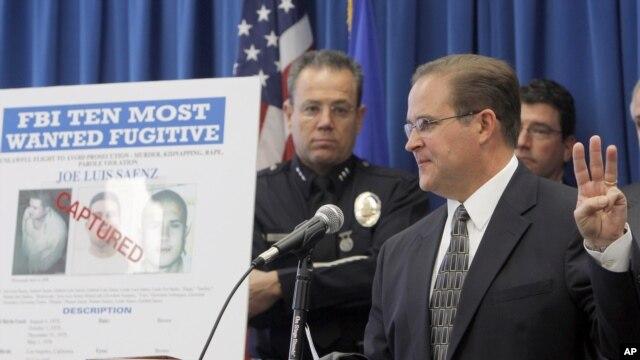 El sub director del FBI en Los Angeles informó el lunes sobre la captura en México de uno de los 10 más buscados por su agencia.
