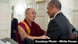 奥巴马总统在白宫地图室会晤达赖喇嘛(2016年6月15日)