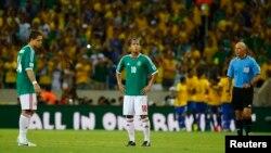 Con este resultado, México está prácticamente eliminado, a falta de un partido frente a Japón, en situación similar.