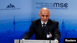 Presiden Afghanistan Ashraf Ghani berbicara dalam Konferensi Kemanan Munich ke-51 di hotel 'Bayerischer Hof' di Munich, 8 Februari 2015.