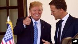 Президент США Дональд Трамп и премьер-министр Нидерландов Марк Рютте. Вашингтон. 2 июля 2018 г.