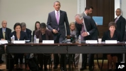 Tổng thống Obama (giữa) dự buổi họp với Hội đồng Xuất khẩu tại Tòa Bạch Ốc, 19/9/13