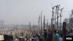 রোহিঙ্গা শিবিরে আগুন লেগে ১৫ জন নিহত, পুড়ে গেছে ১০ হাজার বসতি