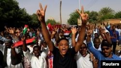 Waandamanaji Sudan wapinga serikali ya muda