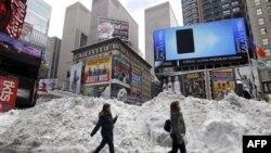 12 shtete amerikane nën peshën e borës e akullit nga stuhija e fundit