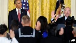 Polaganje zakletve za državljanstvo na ceremoniji u Beloj kući