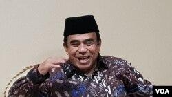 Menteri Agama Fachrul Razi. (Foto: VOA/Fathiyah)