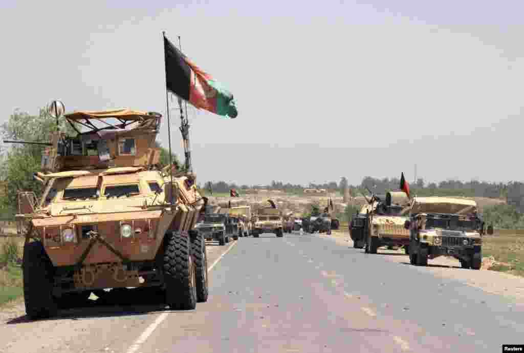 سربازان افغان برای بازپسگیری ولسوالی های ولایت کندز که در دست طالبان افتاده است، بسیج می شوند.