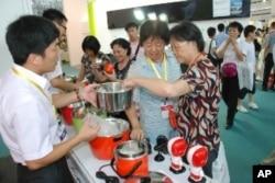 大陸消費者對台灣研製的傳統電鍋深感興趣