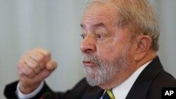 Cựu Tổng thống Brazil Luiz Inacio Lula da Silva phát biểu trong một cuộc họp báo với các nhà báo nước ngoài tại Sao Paulo, Brazil, 28/3/2016.