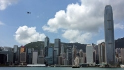 两雄贸易摩擦 香港夹缝生存