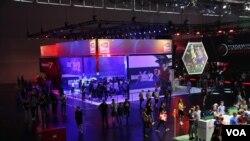 تصاویر اختصاصی صدای آمریکا از بزرگترین نمایشگاههای بازیهای کامپیوتری در آلمان