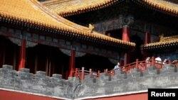 世界媒体看中国:恢复帝制进行时