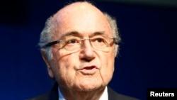 Presiden FIFA Sepp Blatter dalam sebuah konferensi pers di markas besar FIFA di Zurich, Swiss, 2 Juni 2015.