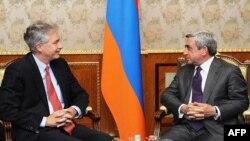 Հայաստանի նախագահն ընդունել է ԱՄՆ-ի արտգործնախարարի տեղակալին