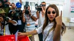 Législatives en Tunisie : Ennahdha et le parti de Karoui revendiquent chacun la victoire