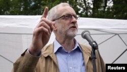 İşçi Partisi Lideri Jeremy Corbyn da zor durumda