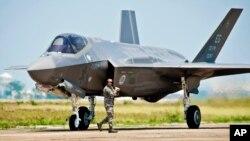 F-35戰機的引擎亦受到自動削減開支影響