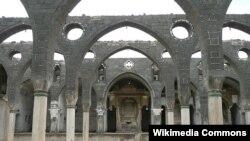 Հայկական Սուրբ Կիրակոս եկեղեցին Դիարբեքիրում՝ վերականգնվելուց առաջ, 2008 թ.: Լուսանկար՝ ©Նևիթ Դիլմեն/ Image: © Nevit Dilmen