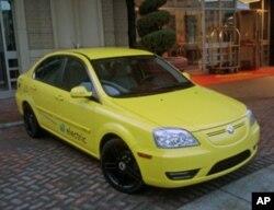 使用中国技术的CODA全电动车