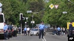 警察在烏克蘭的第聶伯羅彼得羅夫斯克封閉爆炸現場