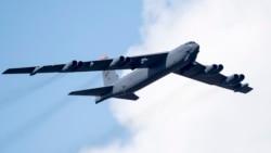 港台媒体:美军B-52罕见飞近中国海岸