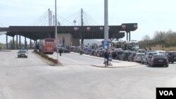 Granični prelaz na Kosovu (Foto: VOA)