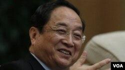 中共上海市委書記俞正聲在中共十八大上海代表團會議上 (資料照片)
