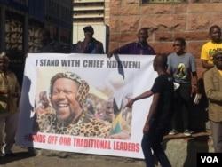 Chief Nhlanhlayamangwe Ndiweni's supporters