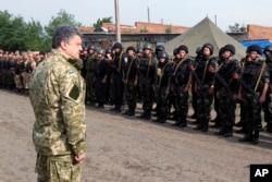 Poroshenko 20-iyun kuni Slavyanskka borgan edi