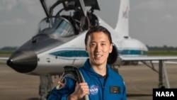 Jonny Kim, ứng cử viên phi hành gia của NASA năm 2017. (Hình: NASA / Robert Markowitz [Public domain], via Wikimedia Commons)