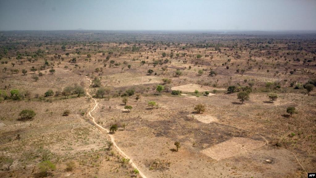 Une photo prise près de Paoua, au nord-ouest de la République centrafricaine, montre un paysage de la préfecture de Ouham-Pende, le 28 décembre 2017.