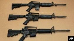Ba loại súng trường tấn công AR-15.