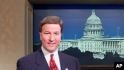 羅杰斯眾議員接受美國之音採訪(資料照片)