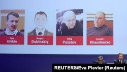Igor Girkin, Sergej Dubinski, Oleg Pulatov i Leonid Harčenko, optuženi za obaranje malezijskog aviona u istočnoj Ukrajini 2014. (Foto: REUTERS/Eva Plevier)
