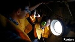 12月30日星期二空軍加入亞航空難搜救工作