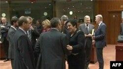 Brüksel'de İran'a ambargo kararı alan AB dışişleri bakanları