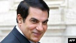 L'ancien président tunisien Zine El Abidine Ben Ali à Rome, le 11 mai 2004.