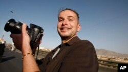 미군 특수부대의 구출 작전 도중 살해된 미국인 사진기자 루크 소머스 씨. (자료사진)