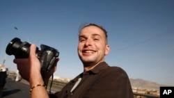 Baskın sırasında öldürülen Amerikalı gazeteci Luke Sommers