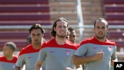 Landon Donovan ha quedado fuera del seleccionado estadounidense que jugará el Mundial de Brasil.