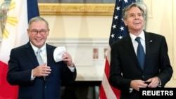 美国国务卿布林肯在华盛顿会晤到访的菲律宾外交部长洛欣。(2021年9月9日)