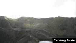 Las fuentes de agua están seriamente amenazadas por el cambio climático y la falta de políticas oficiales. Laguna Bocagrande a tres mil msnm en cercanías a Bogotá, Colombia.