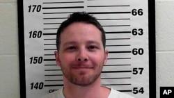 39歲的猶他州男子艾倫承認向總統及高官發送裝有蓖麻仔粉信件,星期五將受到正式指控。
