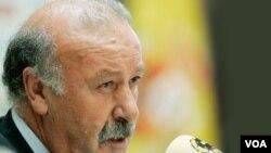 El técnico español, Vicente del Bosque, aseguró que la responsabilidad de su equipo es defender la corona sin importar quién sea el rival.
