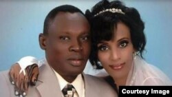 Cô Mariam Yahya Ibrahim và chồng Daniel Wani