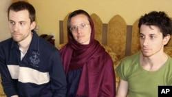 其中一名已返回美國的登山者拒絕回到伊朗出庭受審。