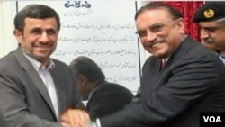 Ahmadinejad and Zardari, Iranian and Pakistani presidents